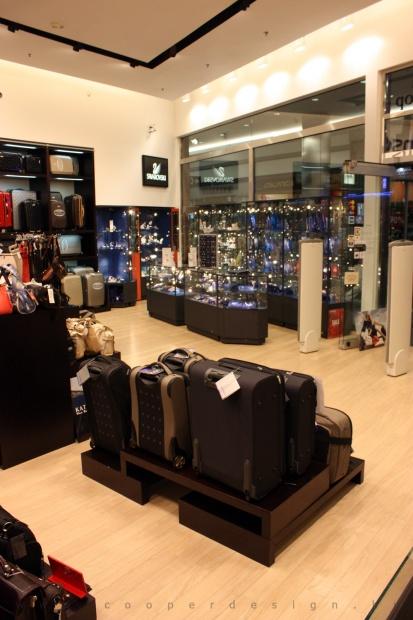 Reálszisztéma Menedzser Shop belsőépítészete 31