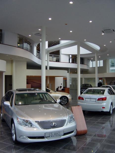 Lexus Buda autószalon belsőépítészete 19