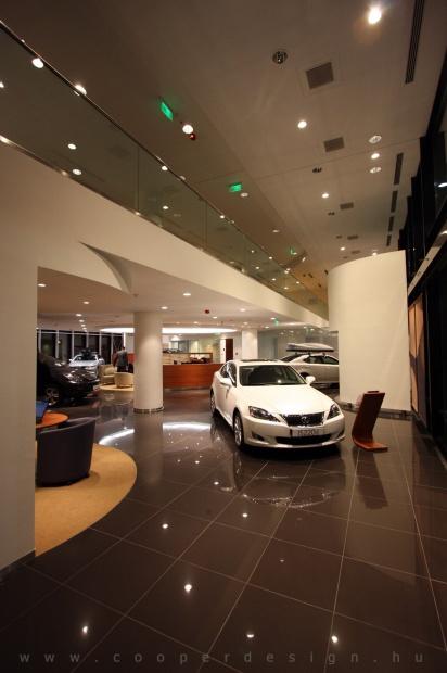 Lexus Pest autószalon belsőépítészet 11