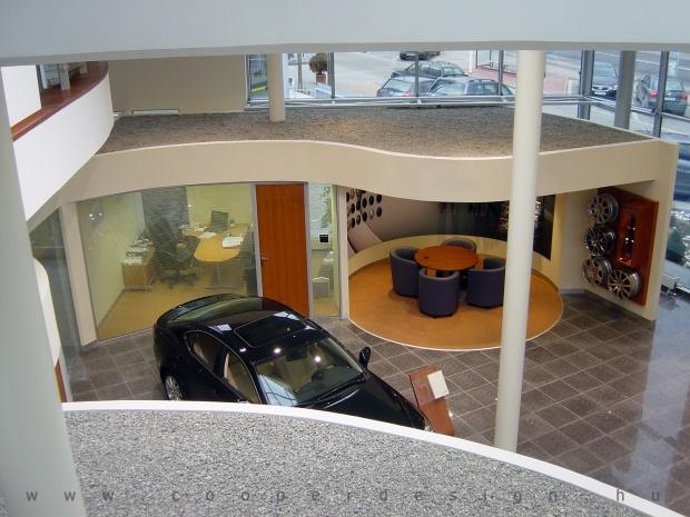 Lexus Buda autószalon belsőépítészete 46