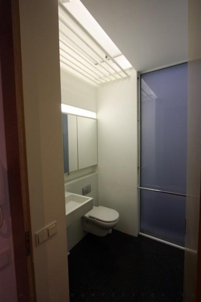 garzonlakás belsőépítészete, fürdőszoba 3
