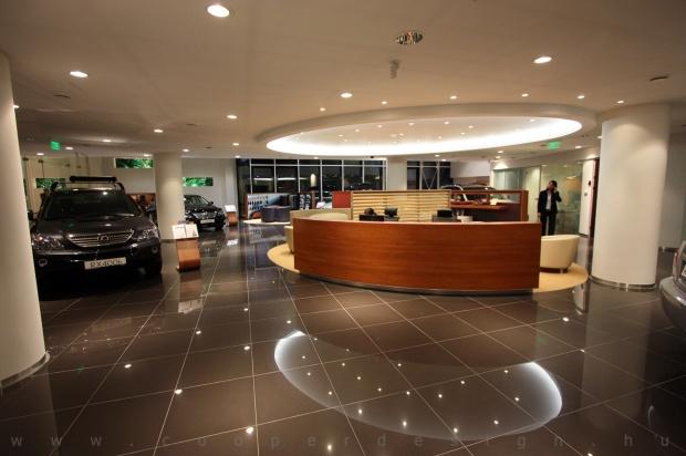 Lexus Pest autószalon belsőépítészet 22
