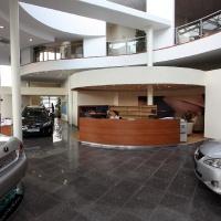 Lexus Buda autószalon belsőépítészete 33