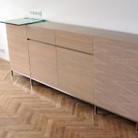 lakás belsőépítészete, egyedi tervezésű médiaszekrény 2