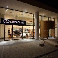 Lexus Pest autószalon belsőépítészet 23