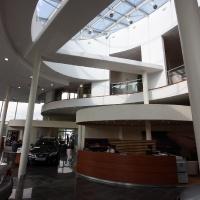 Lexus Buda autószalon belsőépítészete 20