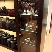 Reálszisztéma Menedzser Shop belsőépítészete 16