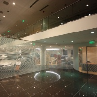 Lexus Pest autószalon belsőépítészet 2