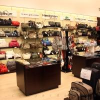 Reálszisztéma Menedzser Shop belsőépítészete 19
