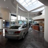 Lexus Buda autószalon belsőépítészete 52